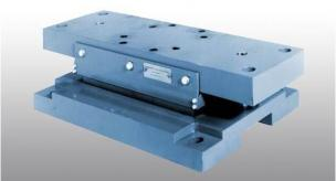 Offshore flexible mounting systems